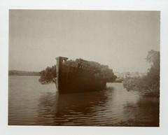POLAROID- SS AYRFIELD SHIPWRECK
