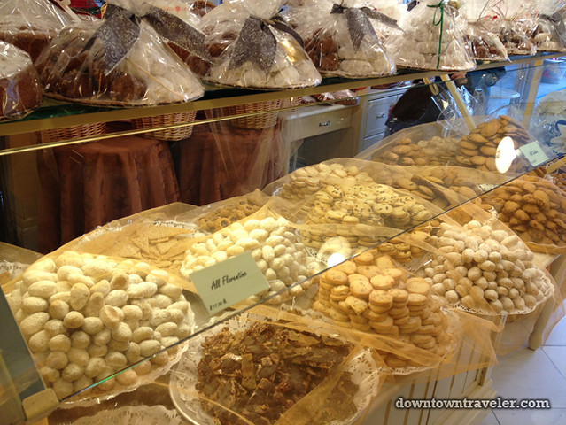 Artopolis Greek bakery in Astoria NYC_cookie display