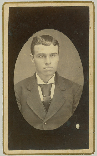 cdv man in oval