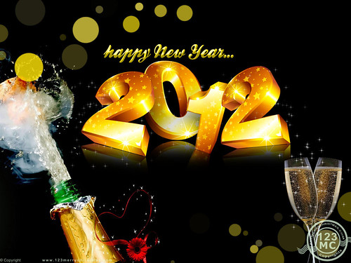 Happy_New_Year_2012_Wallpaper_with_champagne