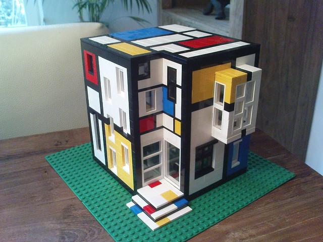 6646236983 152fa06109 for Lego house original