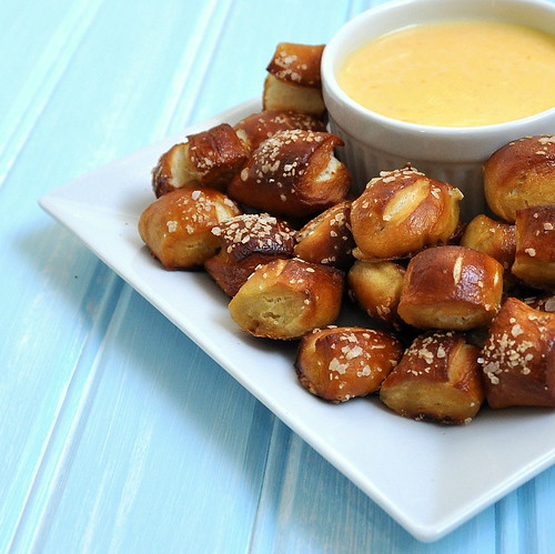Soft Pretzel Bites & Cheese Sauce – The Way to His Heart