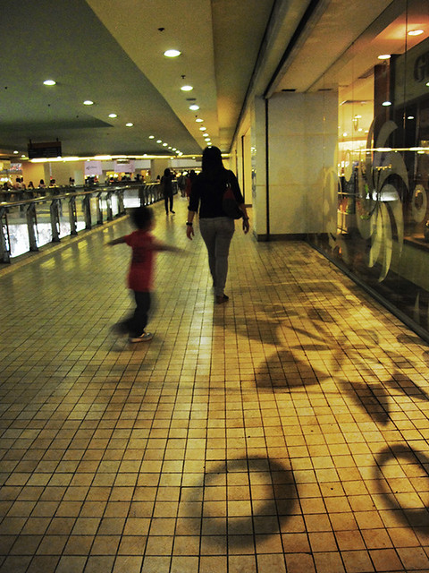 kid whirling at trinoma landmark