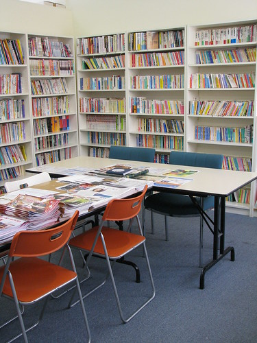 メンバー様への人気のサービス、図書。話題の本等もあります。
