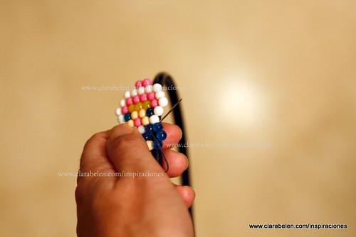 Manualidades para niños: Adornar una felpa de niña o hacer un broche con Beados o Hama