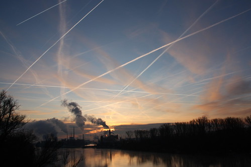無料写真素材, 空, 朝焼け・夕焼け, 飛行機雲, 風景  ドイツ