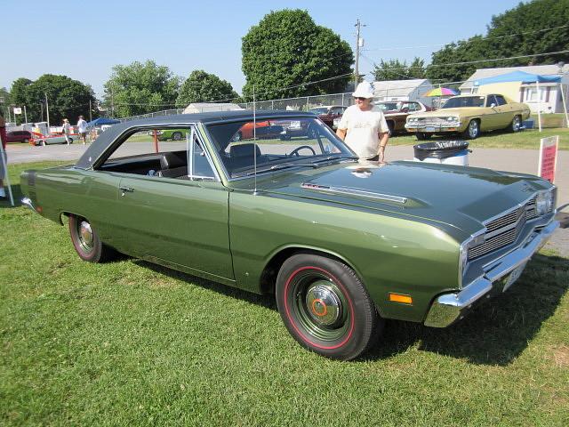 1969 Dodge Dart Swinger 340 4