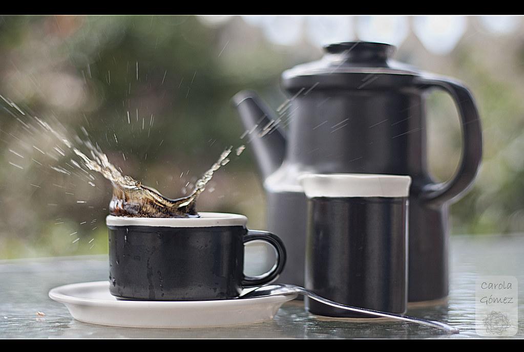 Desayuno splash en la terraza.
