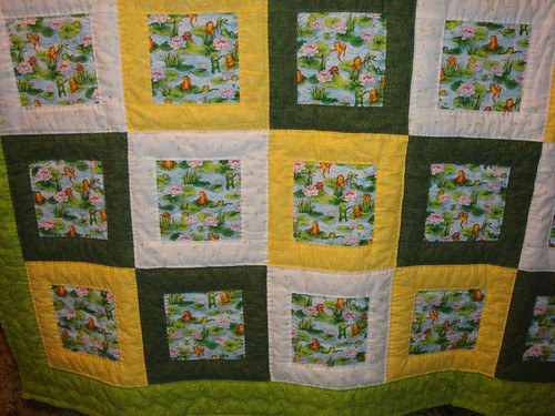 Quilt, yellow, green & white, with frogs print