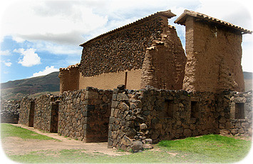 templo-cereminial-raqchi-cusco