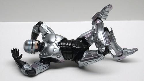 Relaxing Robocop