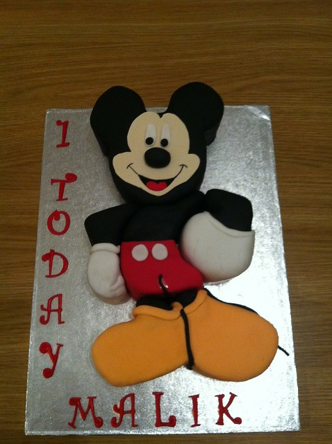 mickey mouse 3d cake