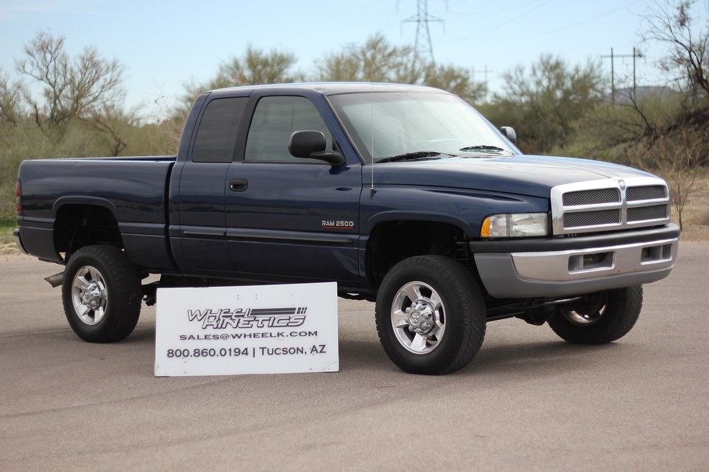 2002 dodge ram 2500 4x4 diesel truck for sale. Black Bedroom Furniture Sets. Home Design Ideas