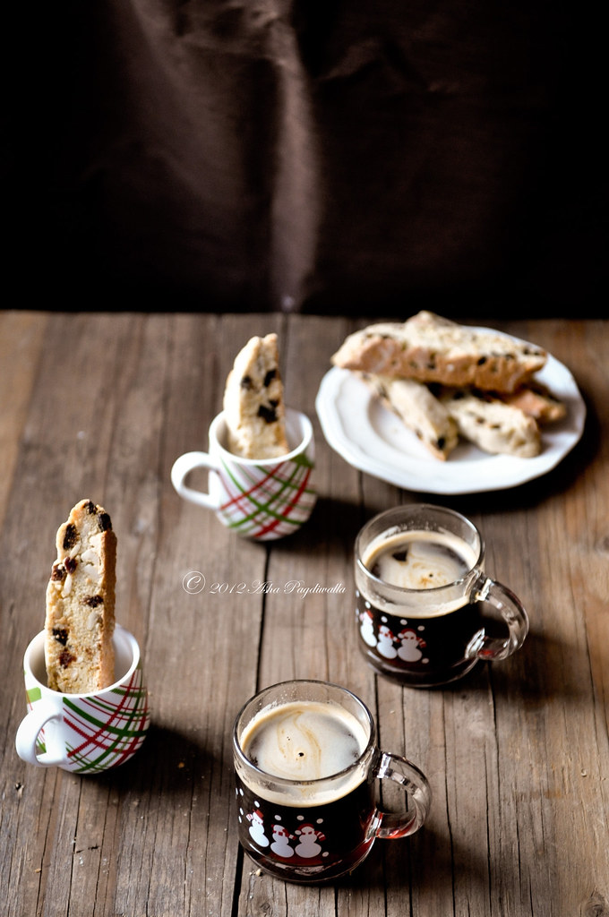 Fig, raisin & cashew Biscotti1