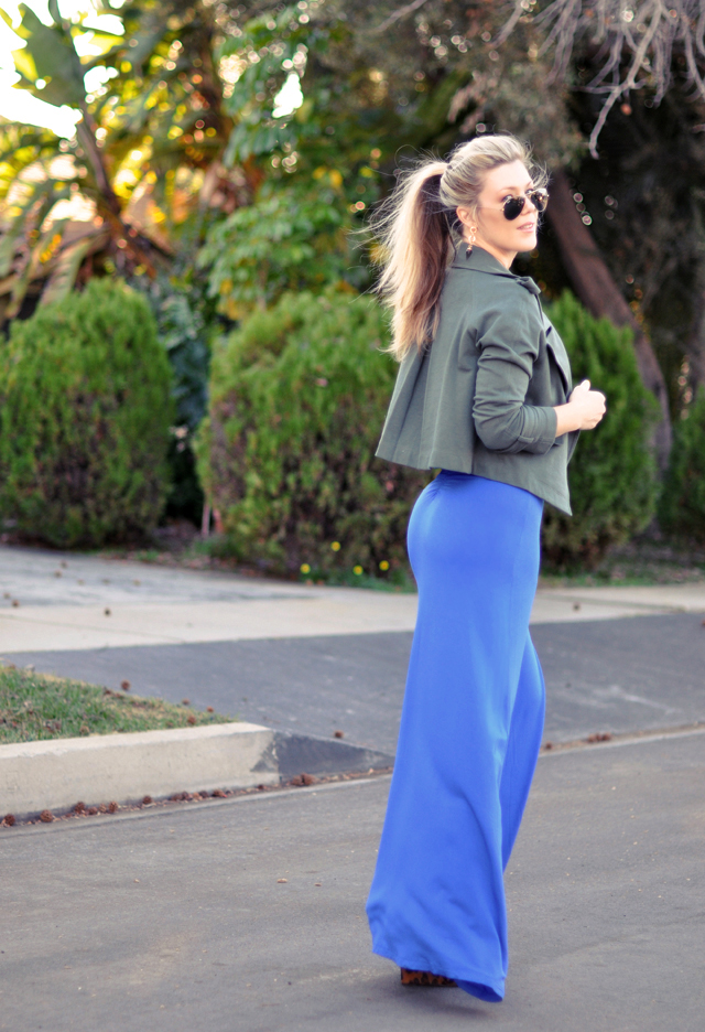 big butt-blue maxi-ponytail
