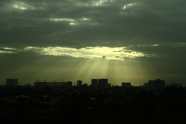 Hello, Manila