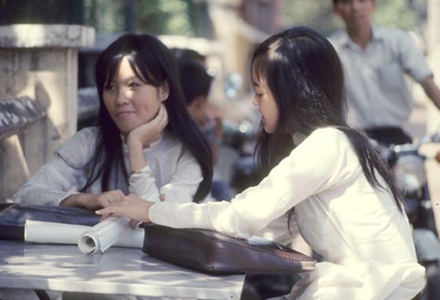 Saigon 1969 - Nữ sinh Gia Long
