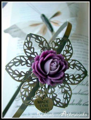 Bandolete flor roxo e lilás by kideias - Artesanato