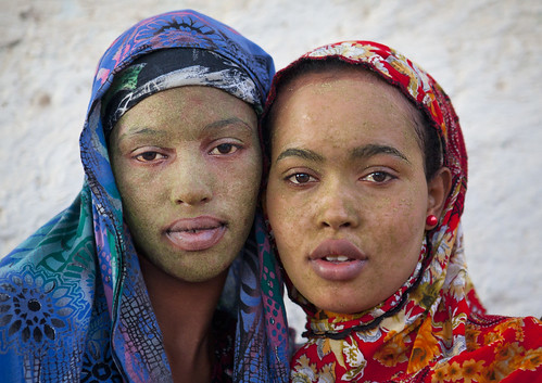 Women in Berbera with qasil on the face - Somaliland