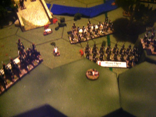 Portuguese force their way across the bridge