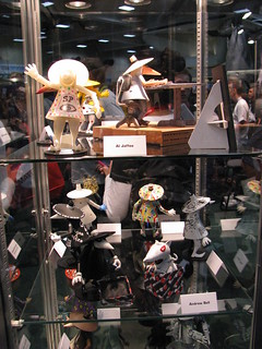 Spy vs Spy figurines
