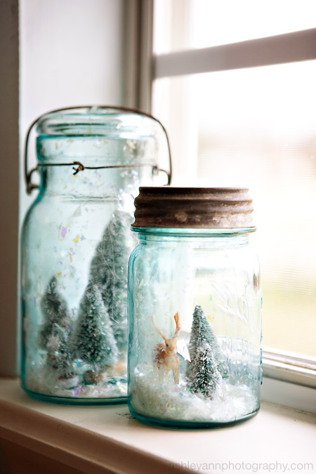snow globes & wreaths {how's that for a creative title?!}