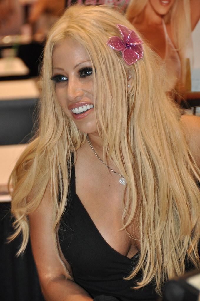 Gina Lynn Nude Photos 21
