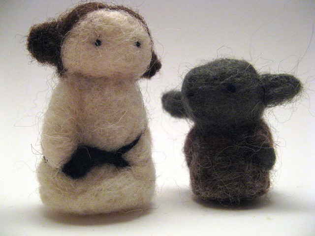 Needlefelted Leia and Yoda
