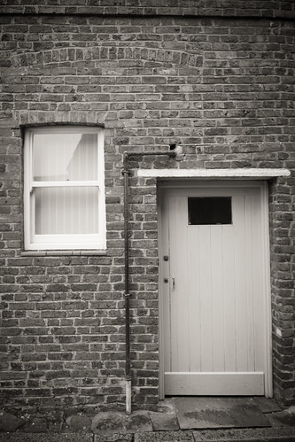 958/1000 - Door by Mark Carline