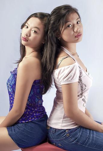 Sisters Chiaw & Fei
