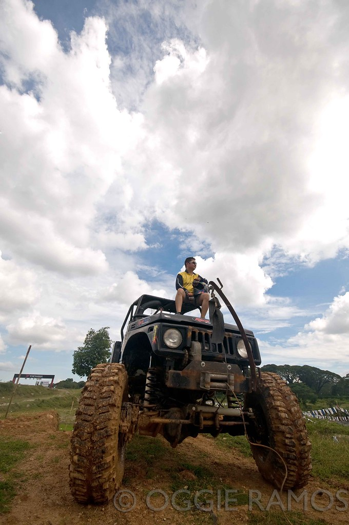 Clark Speedway - Jojo Javier on his Samurai 4x4 Off Roader