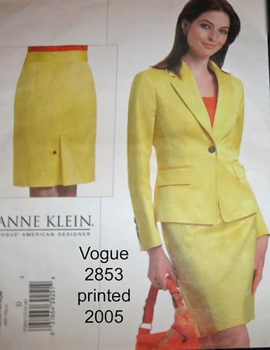 V2853AK suit