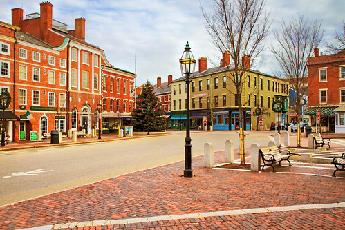 day cloudy newhampshire portsmouth memorialsquare robertallanclifford cliffordphotographynhcom