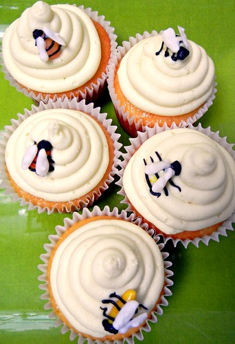 bees on honey cupcakes