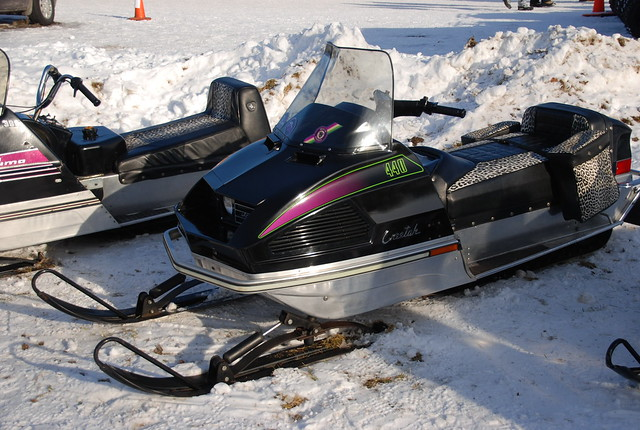 95 Arctic Cat Z 440 http://www.flickr.com/photos/joeross/6743734645/