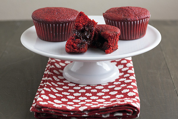 Chocolate Stuffed Red Velvet Cucpakes