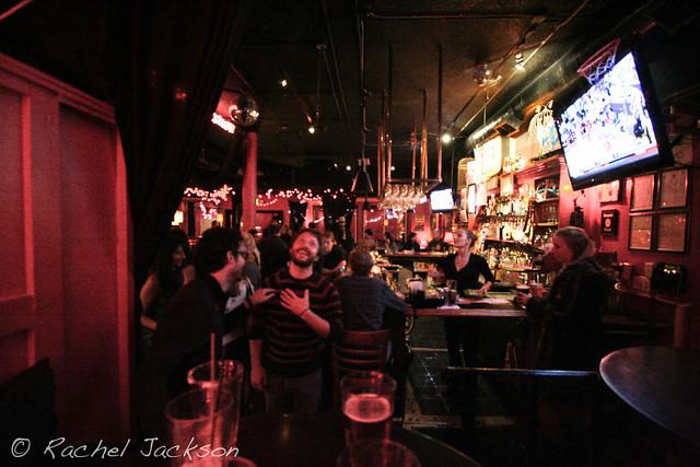 birds cafe/bar in los feliz