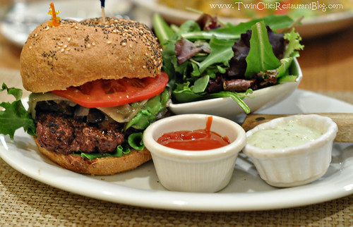 California Burger at Good Earth ~ Roseville, MN