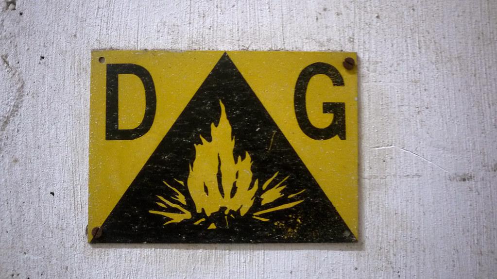 D ^ G