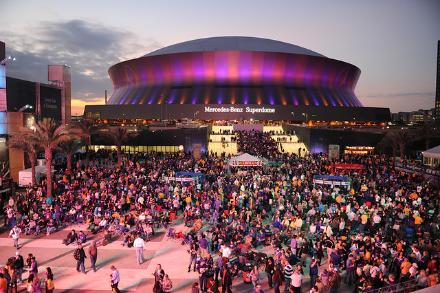 Mercedes benz superdome and champions square flickr for Mercedes benz nola