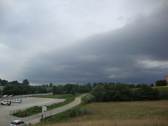 Shelf_cloud_2