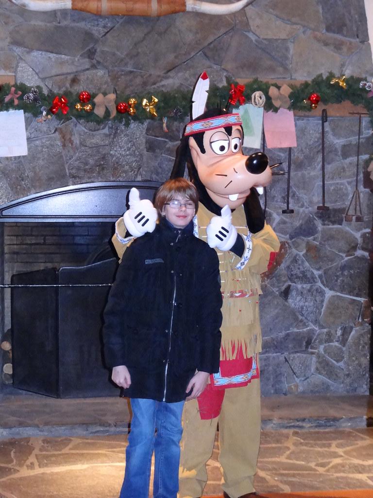 Un séjour pour la Noël à Disneyland et au Royaume d'Arendelle.... - Page 6 13875043994_7e8c6a5b16_b