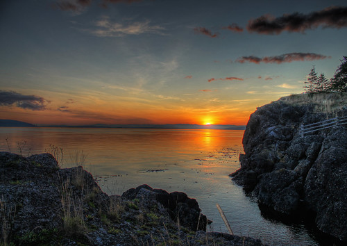 sunset colours south shoreline rocky coastal waters gulfislands hdr penderisland swansonchannel