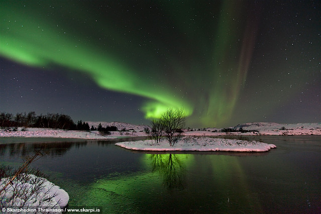 6435346479 41126454ae z Aurora Borealis: Weird Phenomenon, Awesome Photos.
