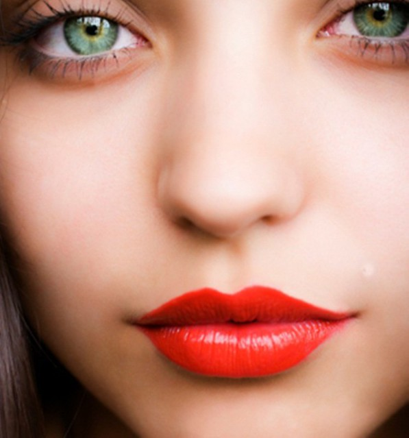 red-lipstick1-1