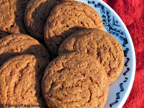 Molasses ginger spice snap cookies 1
