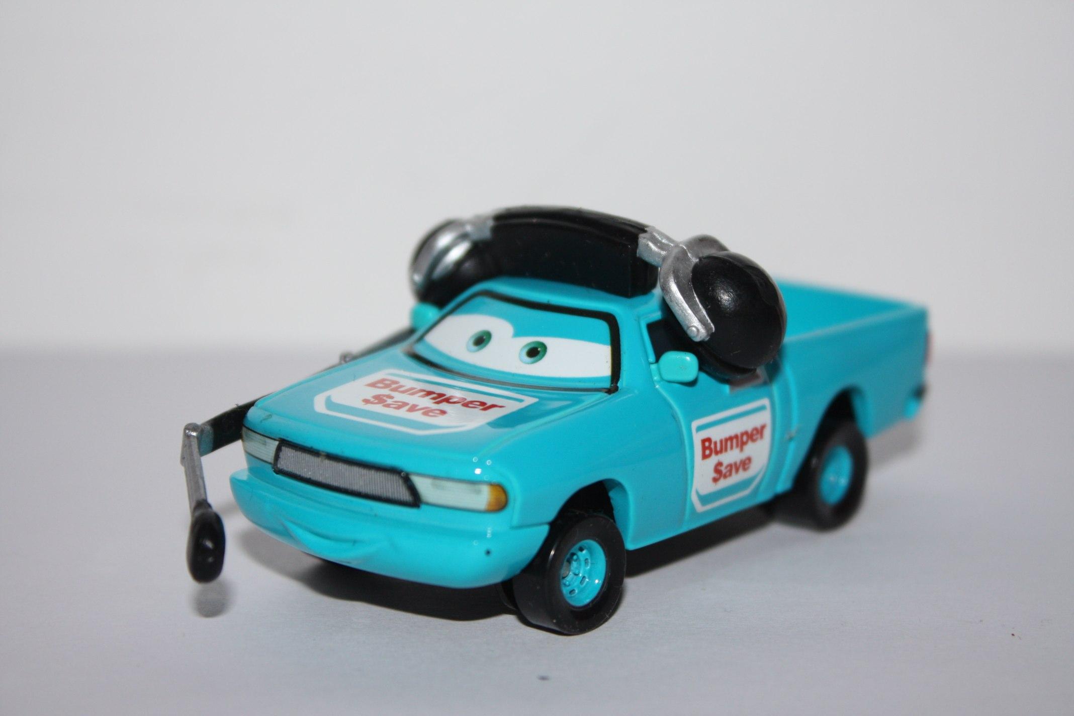 [CARS 1] Cars with flag Fans  6489036301_e9fc74b1c4_o