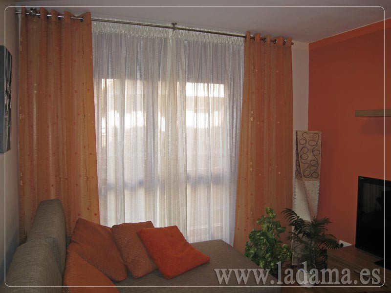 Fotograf as de cortinas cl sicas la dama decoraci n - Cortinas para salon clasico ...