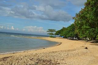 Badian beach close to Kawasan waterfalls in Cebu