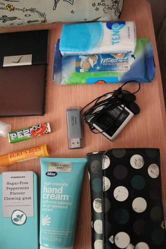 What's Inside My Bag 2